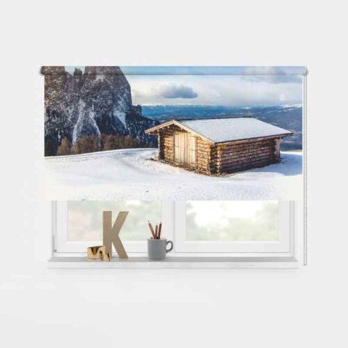 Rolgordijn Huisje in de sneeuw 1