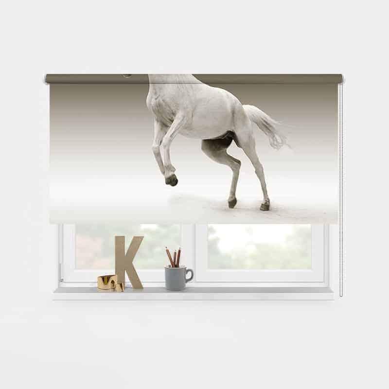 Rolgordijn steigerend paard 1