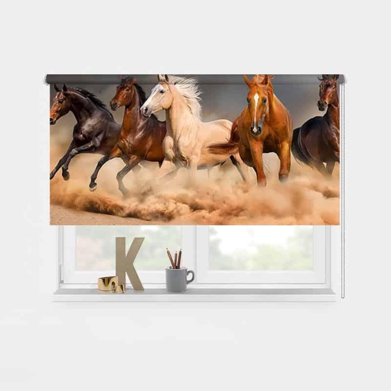 Rolgordijn Galopperende paarden 1