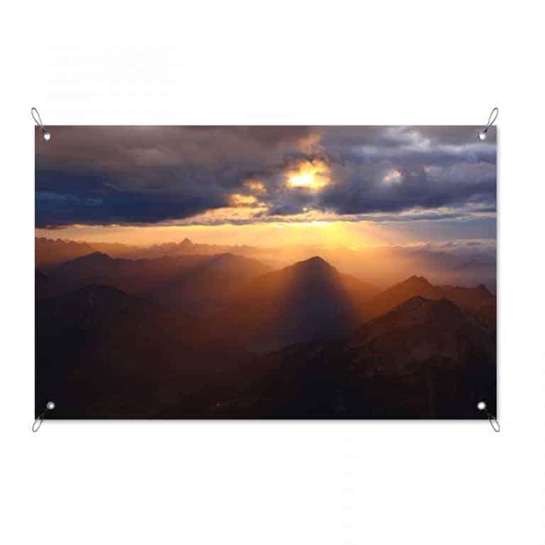 Tuinposter Zonsondergang bergen