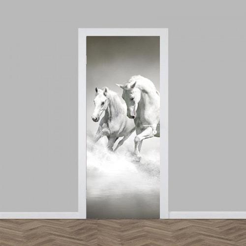 Deursticker witte paarden in water