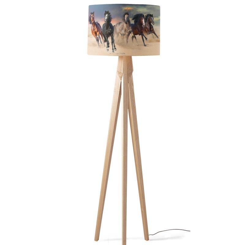 Lampenkap Paarden in galop