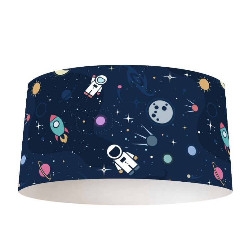 Lampenkap in de ruimte