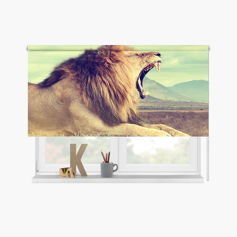 Rolgordijn Gapende leeuw