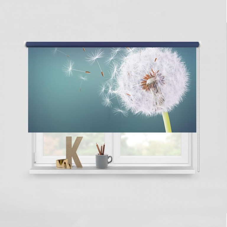 rolgordijn Dandelion in de wind