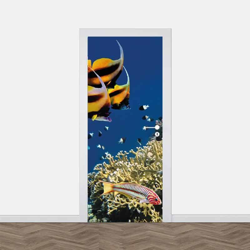 Deursticker Tropische vissen in aquarium