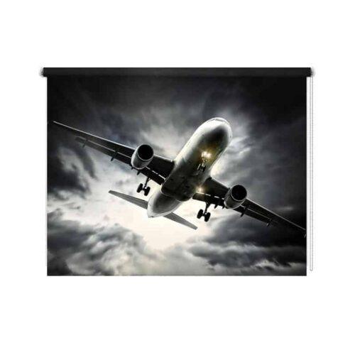 Rolgordijn Vliegtuig in noodweer