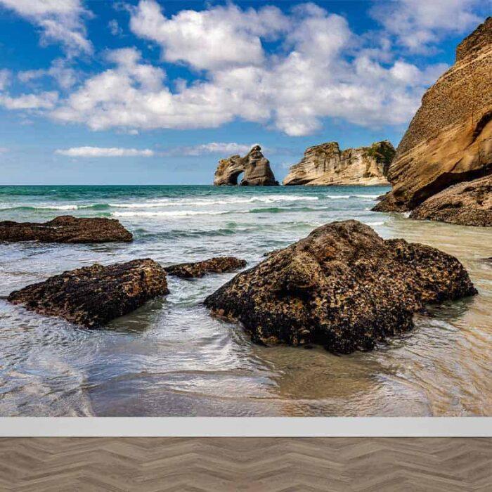 Fotobehang Tussen de rotsen aan zee