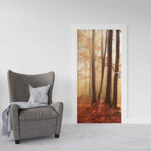 Deursticker Ochtend in herfstbos
