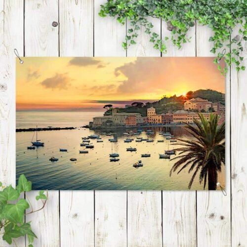Tuinposter Uitzicht op dorp haven Middellandse Zee