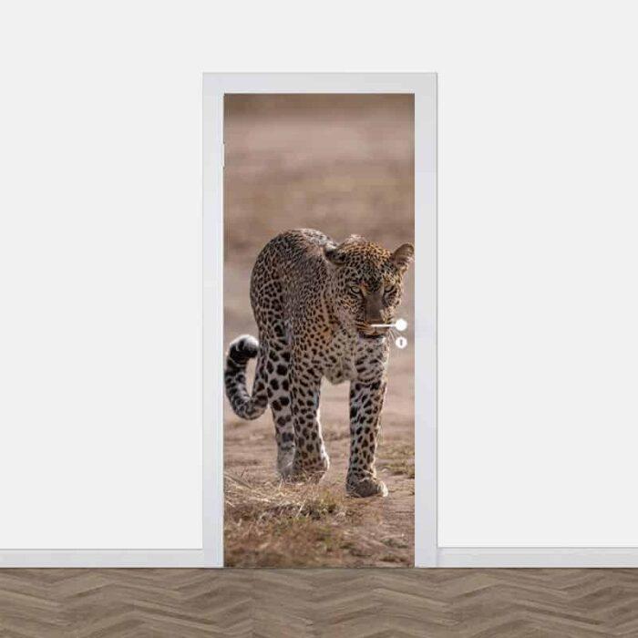 Deursticker Luipaard dichtbij